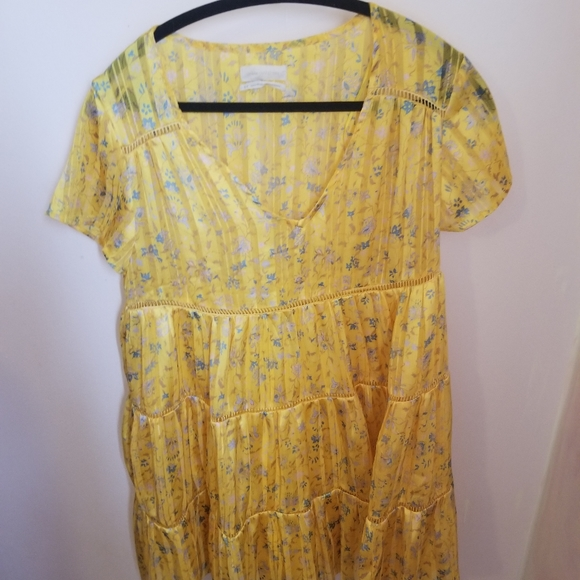 NWOT babydoll yellow floral silky dress